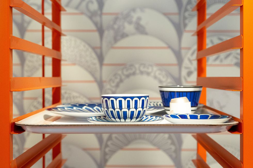 hermes-art-de-la-table-casual-tableware-collection-3.jpg (980×653)