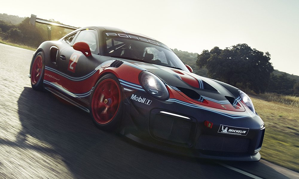 Porsche 911 GT2 RS Clubsport is a limited edition 700 horsepower racetrack-only beast