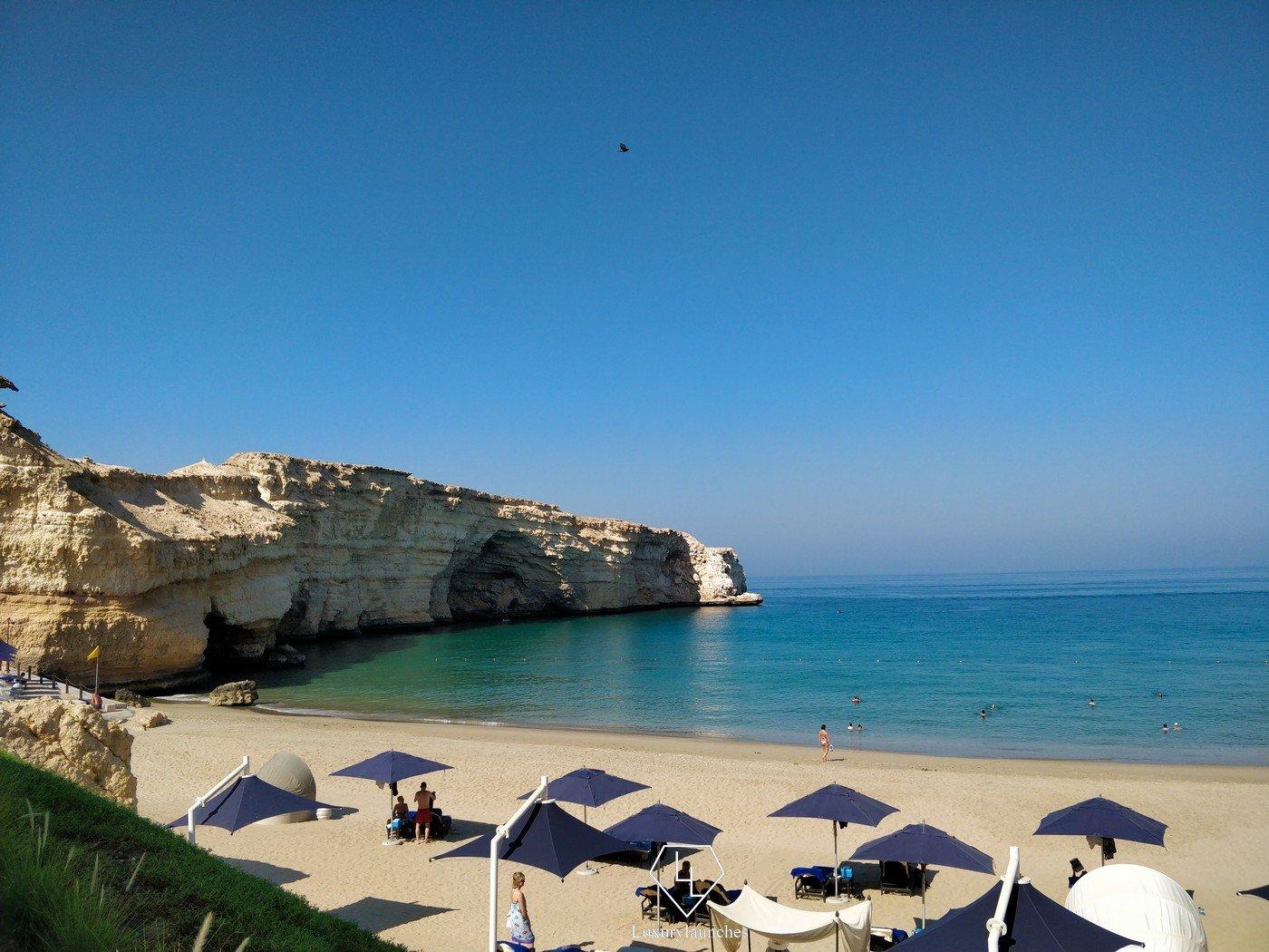 shangrila-al-husn-beach.jpg (1400×1050)