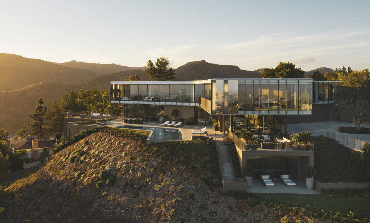 This 56 Million Los Angeles Home Is Shaped Like An