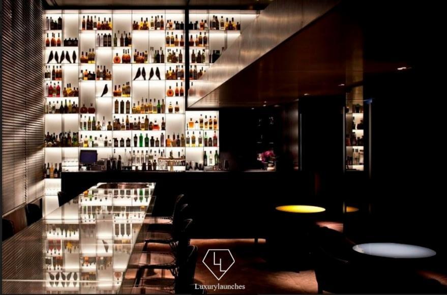 Tunes Bar- Convservatorium Hotel