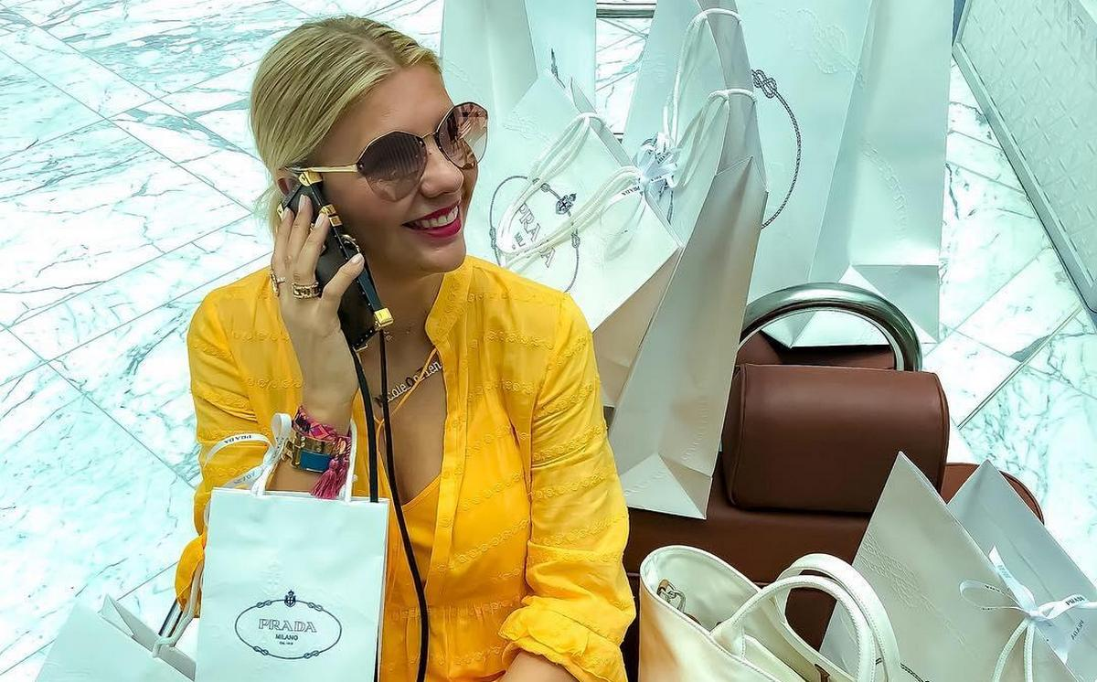 This video made Instagram shut down the account of a Dubai based influencer / personal shopper -