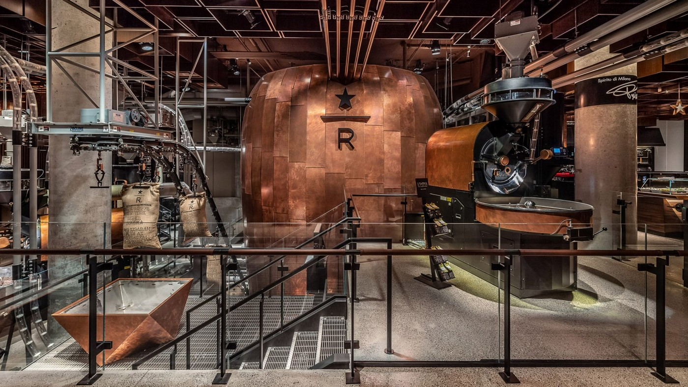 Spread across 22,000 sq.feet this steampunk inspired Starbucks Reserve Roastery in New York is an absolute must visit