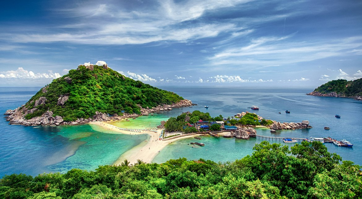 Thailand itinerary: Sailing Thailand's Islands on a Luxury Yacht -
