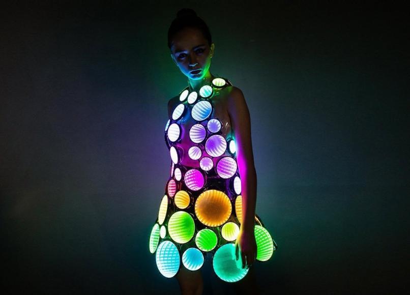 eccentric LED dress (1)