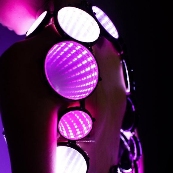 eccentric LED dress (3)