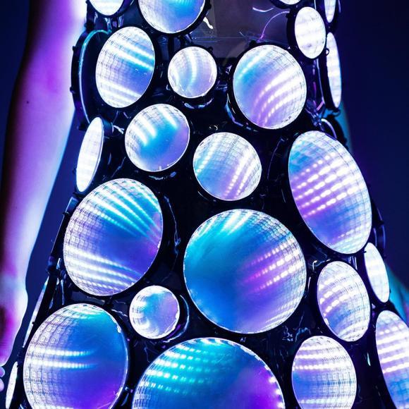 eccentric LED dress (4)