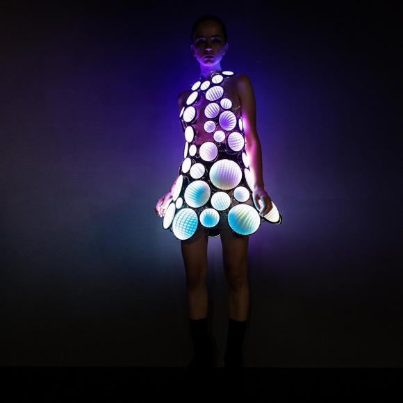 eccentric LED dress (5)