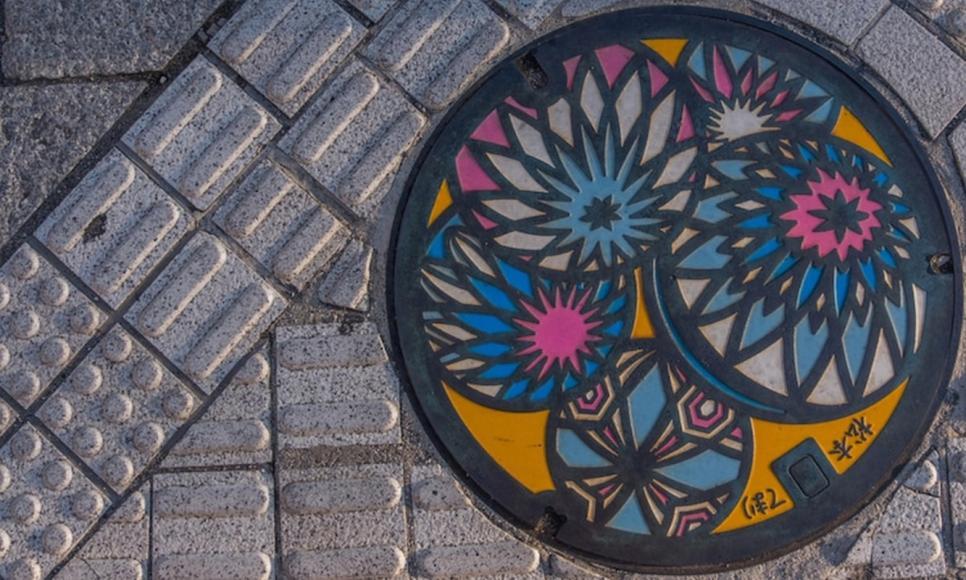 japanese-manhole-cover-art-4