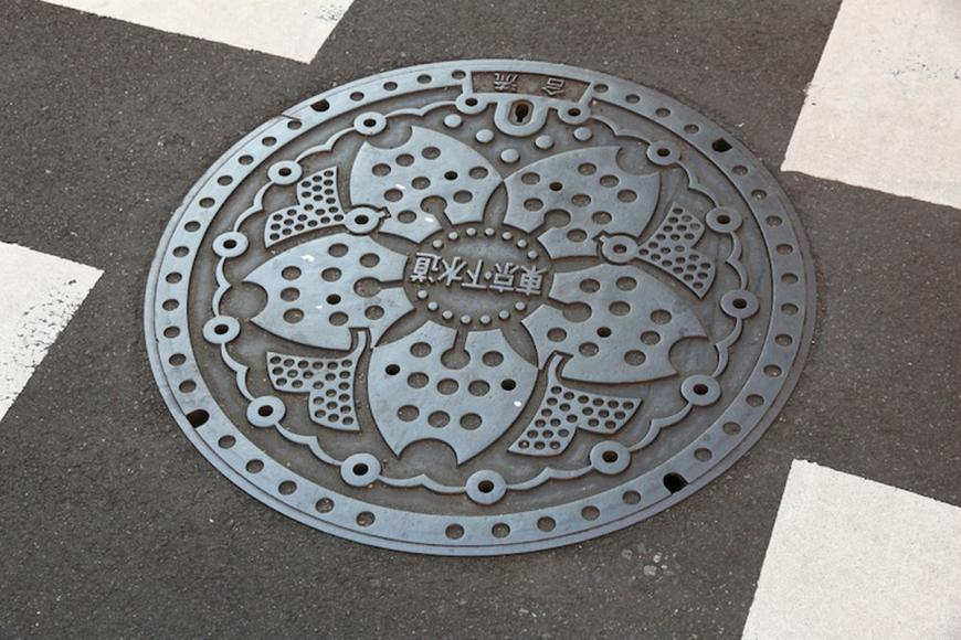 japanese-manhole-cover-art-5