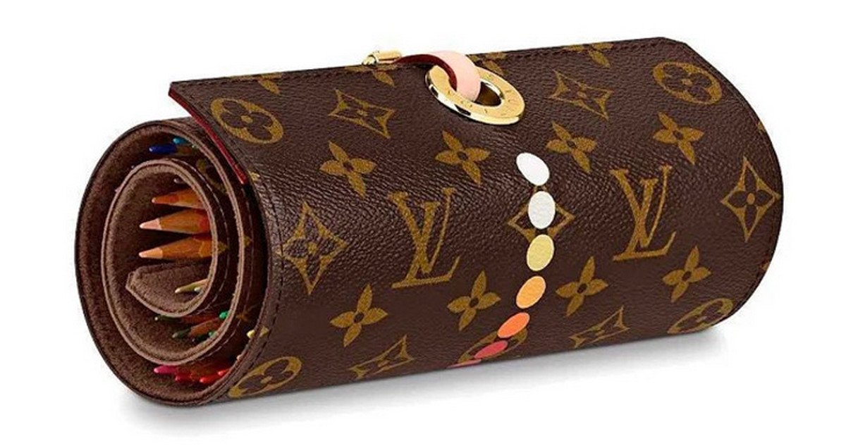 louis-vuitton-monogram-colouring-pencil-case-roll-2.jpg (1200×636)