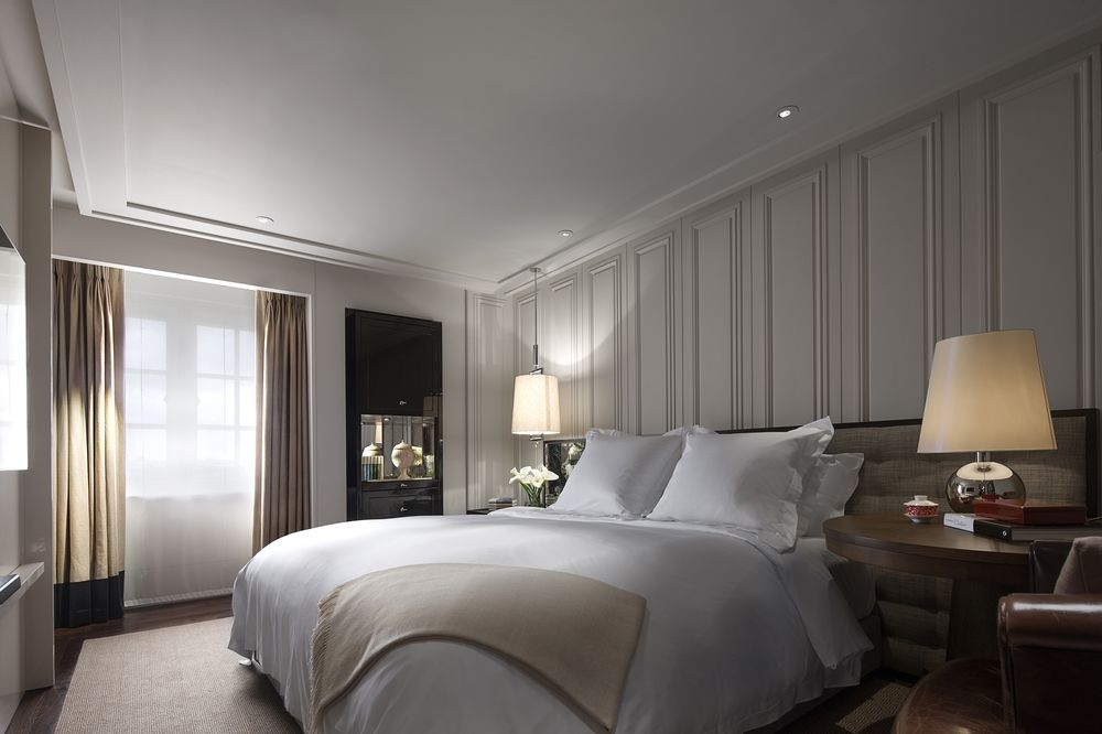 A-Rosewood-London-guest-room.jpg (1000×666)