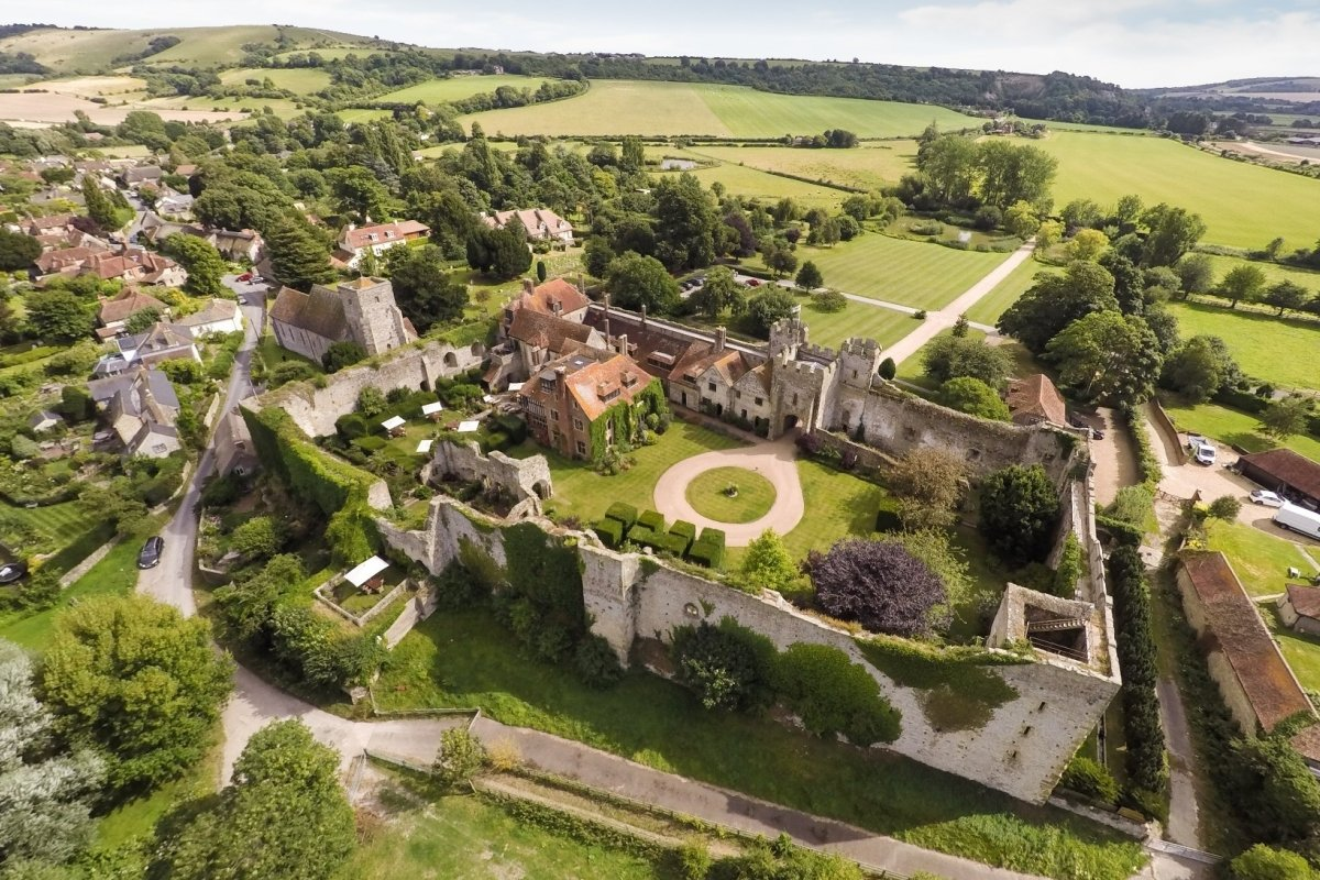 Amberley-Castle-1.jpg (1200×800)