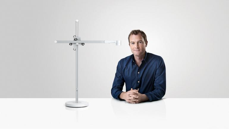 Risultati immagini per Dyson has unveiled a $650 app-controlled LED Lamp that could last up to 60 years! FOTO