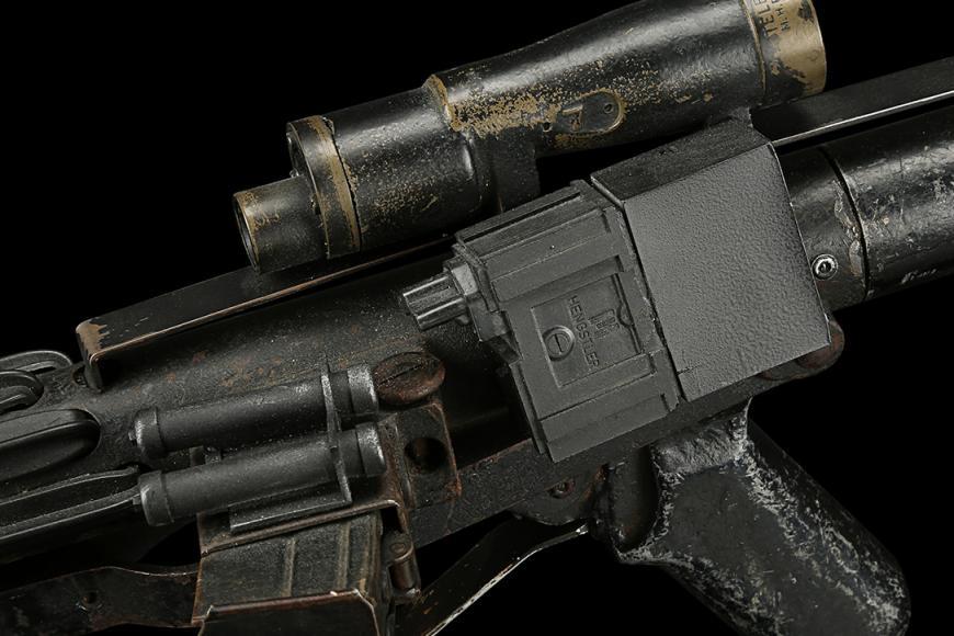 Star-Wars-A-New-Hope-Stormtrooper-Blaster-3