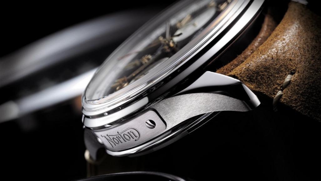 breitling-premier-b01-chronograph-42-norton-edition (8)