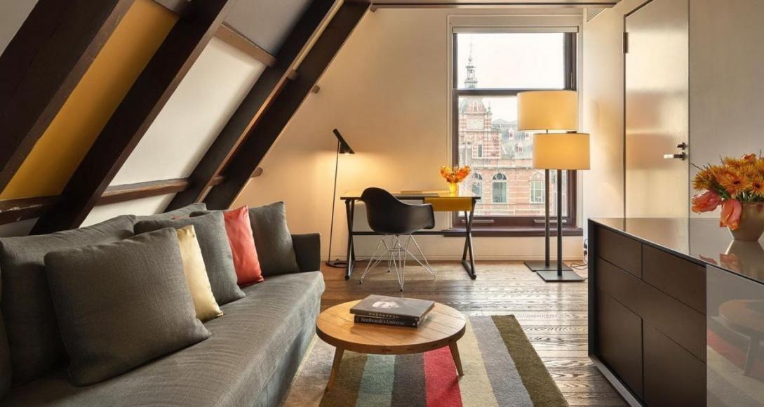 Conservatorium_Hotel_Art_Suite_By_Rembrandt--7-.2