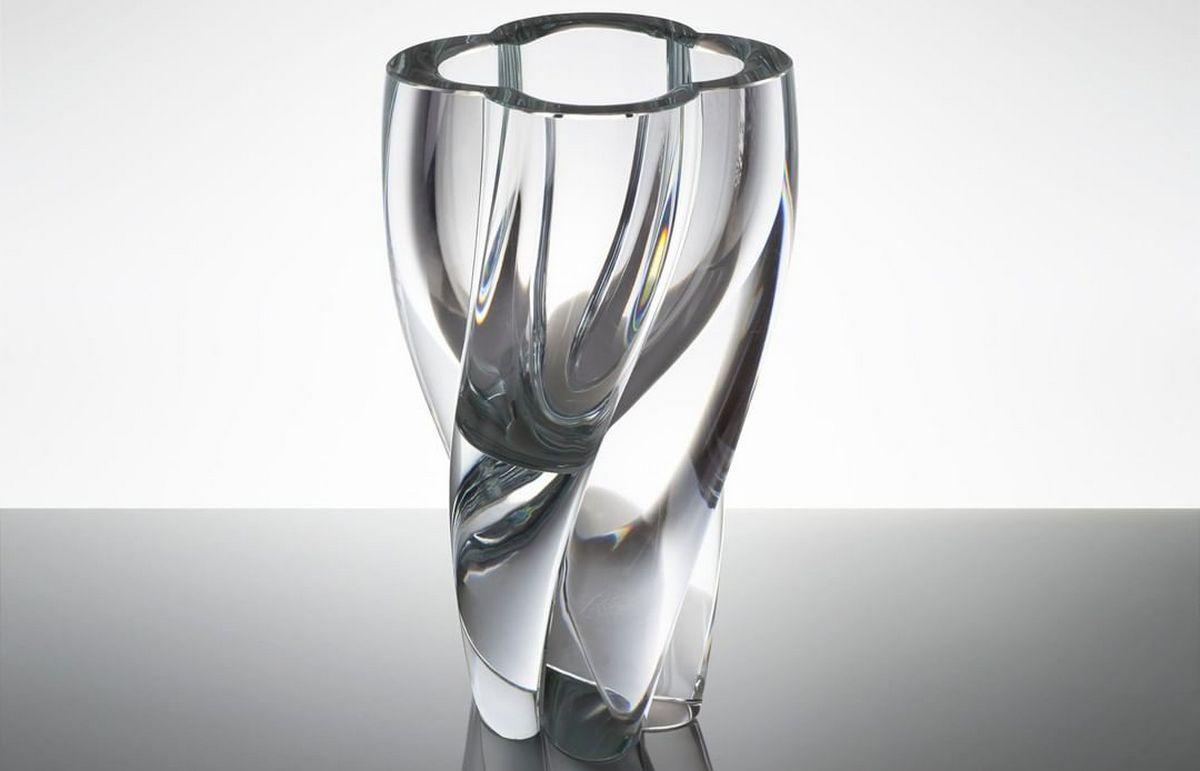 LV-vase-1.jpg (1200×771)