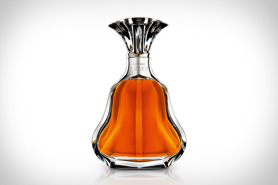 louis-vuitton-x-hennessy-trunk-decanter-2.jpg (960×640)