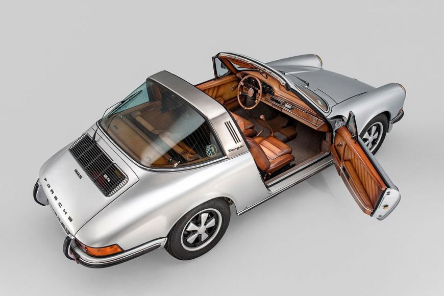 Berluti-x-Porsche-911 (1)
