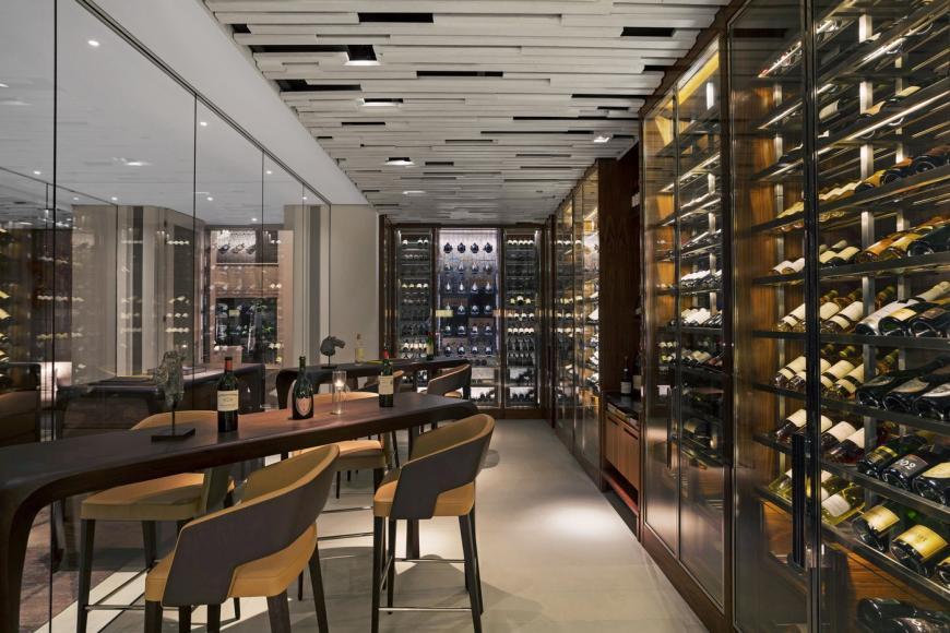 Cheval-Blanc-Randheli-Le-1947-bar-870x580.jpg (870×580)