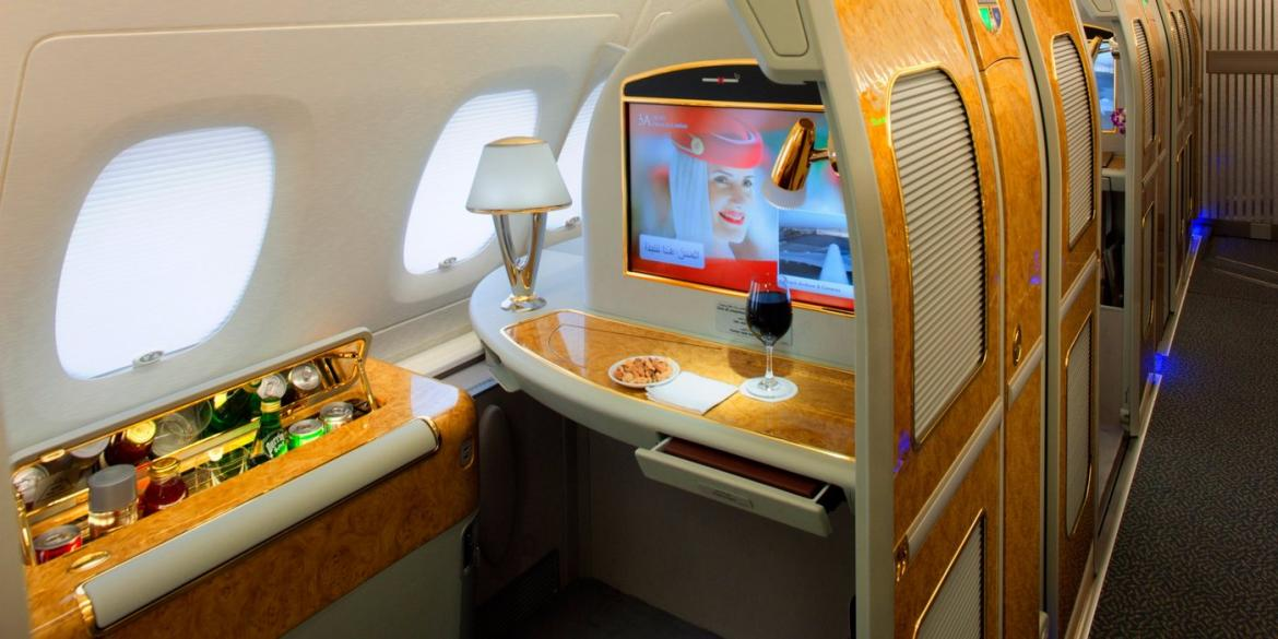 Quora answers - What is it like to fly first class on Emirates? -