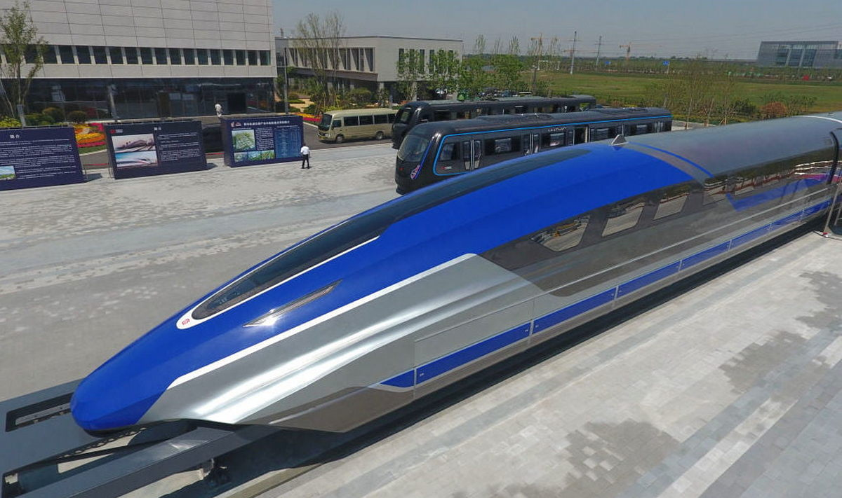 Faster than a Bugatti Chiron – China's new bullet train uses magnetic levitation to reach a speed of 373 mph