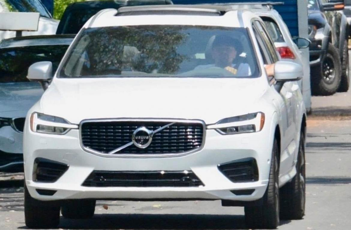 Not a Chiron but a Hybrid Volvo SUV is what Leonardo DiCaprio prefers to cruise around in -