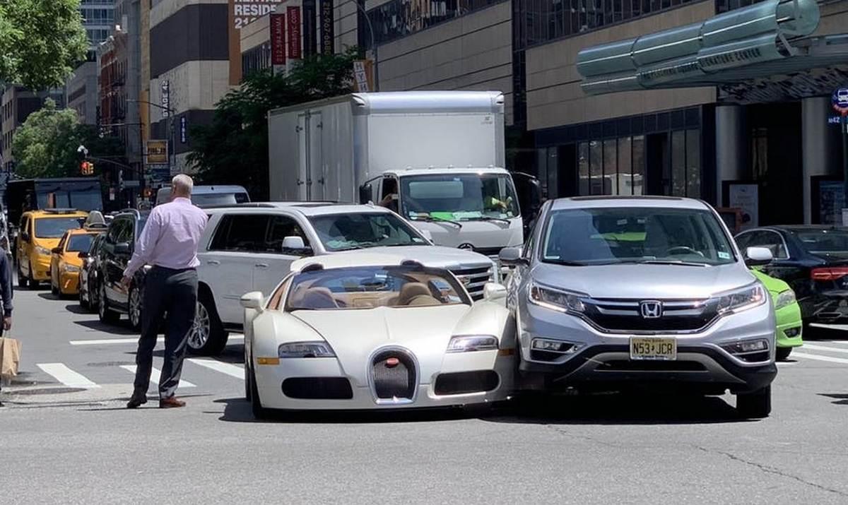 Tracy Morgan Crashes 2 Million Bugatti Veyron Moments