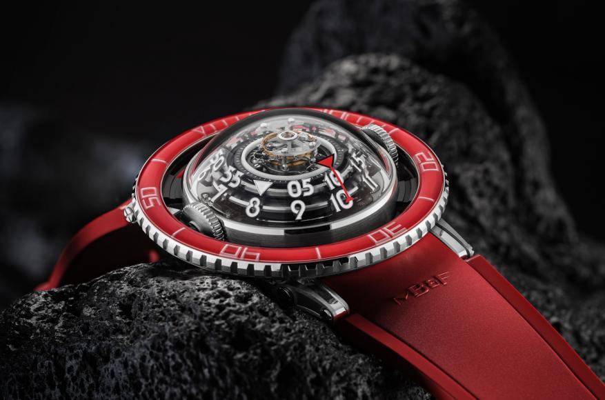 MB&F HM7 Aquapod Platinum Red watch (1)