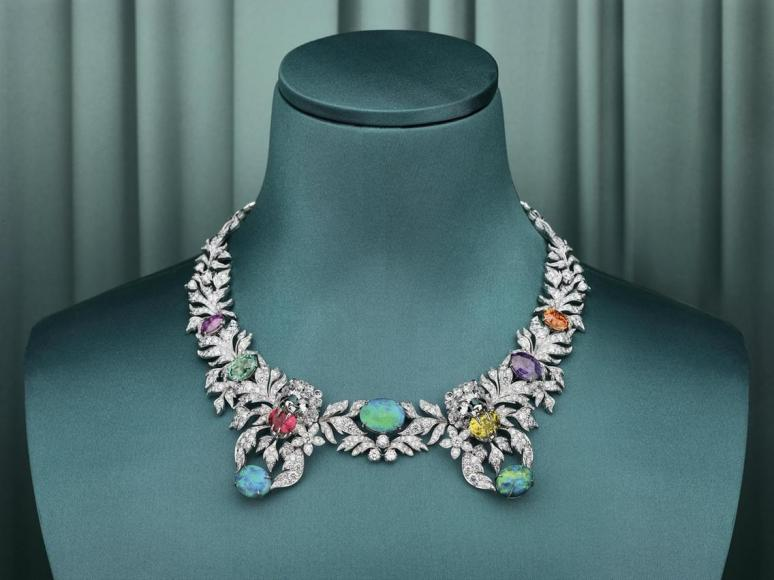 Gucci first-ever high-end jewellery boutique (1)