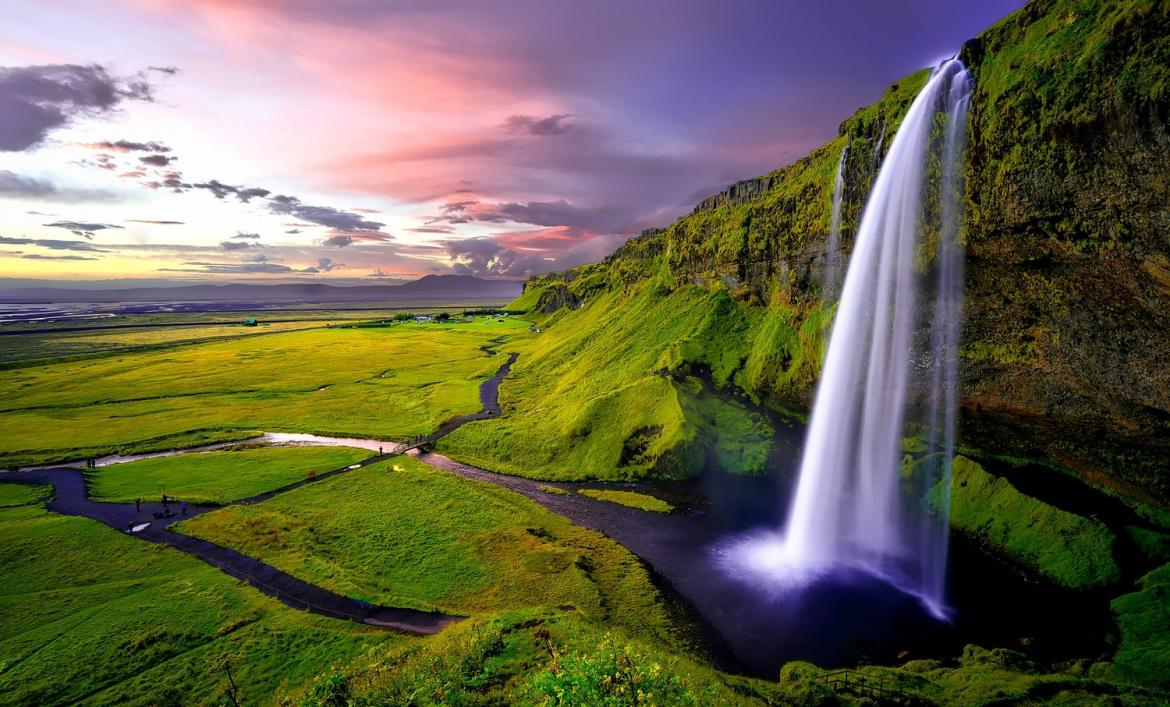 How to Plan the Perfect Family Trip to Iceland -
