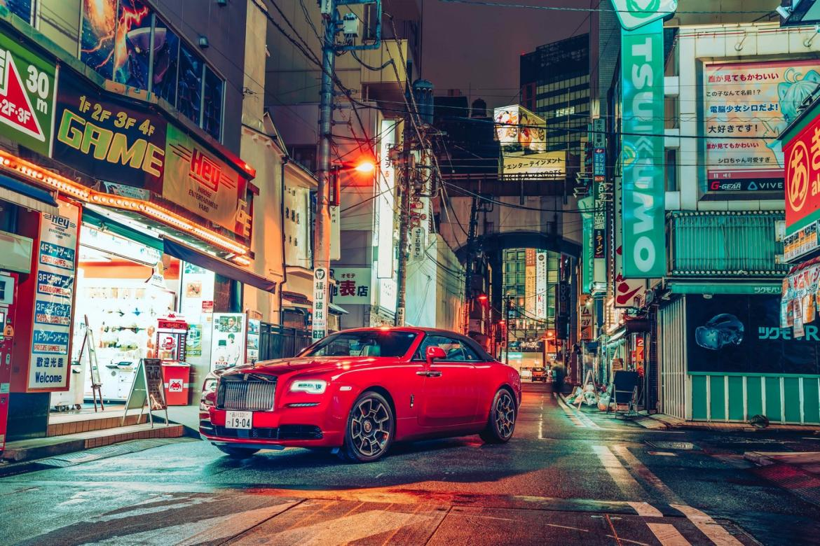 Rolls-Royce presents a stunning photo exhibition of Black Badge cars captured against the night-time cityscape of Tokyo -
