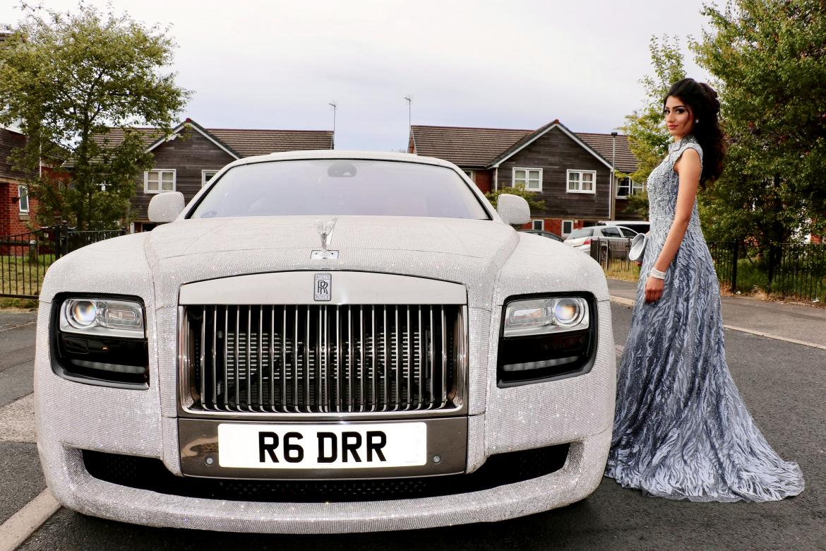 Pics - Teen arrives at prom in a Rolls-Royce covered in 4 million Swavorski crystals -