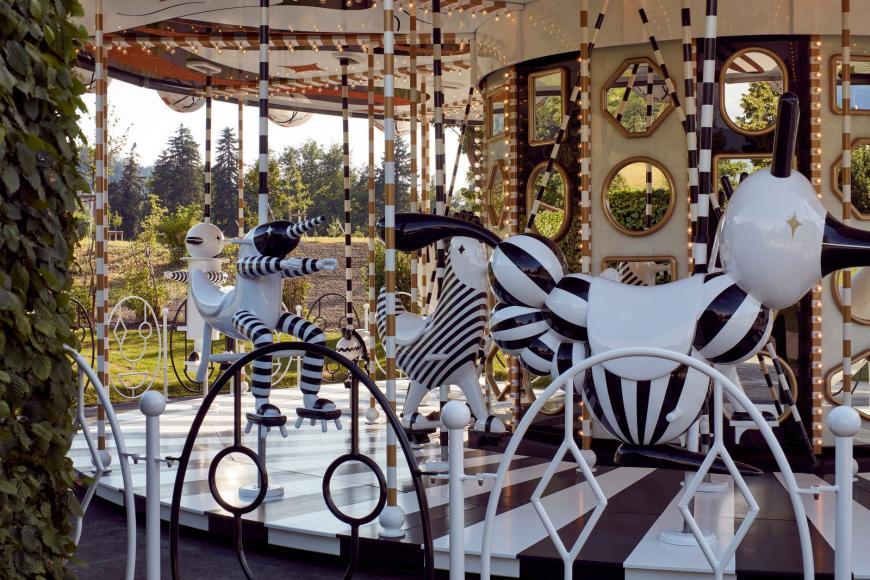 Jaime Hayon Carousel Swarovski Kristallwelten 2019 Installation