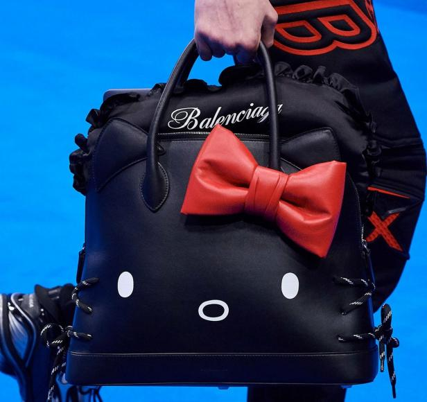 Balenciaga Unveils Hello Kitty Bags (1)