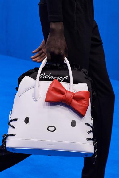 Balenciaga Unveils Hello Kitty Bags (2)