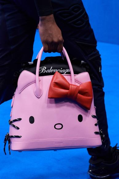 Balenciaga Unveils Hello Kitty Bags (3)