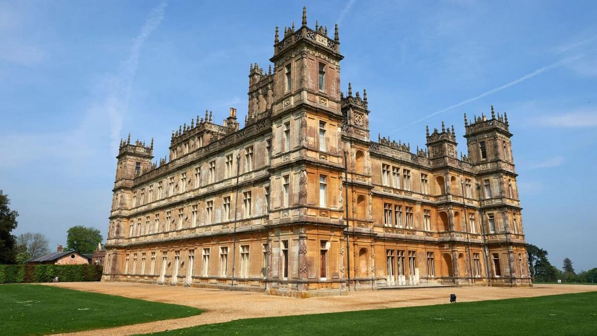 Airbnb's latest listing allows you to spend a night at Highclere Castle - the real Downton Abbey -