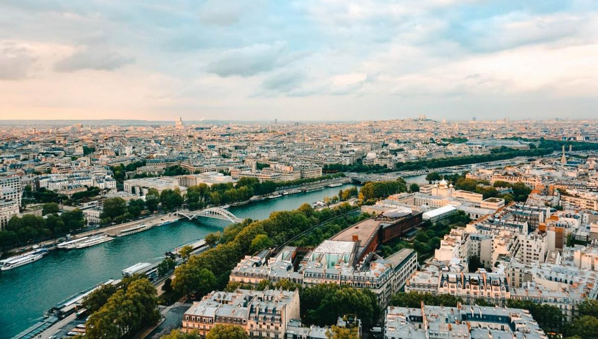 Quora answers - What should I never do in Paris? -