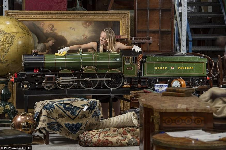 Fully functioning with a working copper boiler - This 9-foot long replica of 1920's steam train may fetch $100,000 -