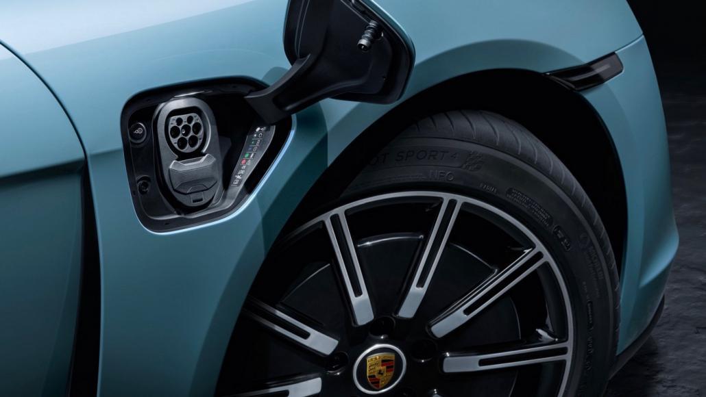 Porsche Taycan 4S (6)