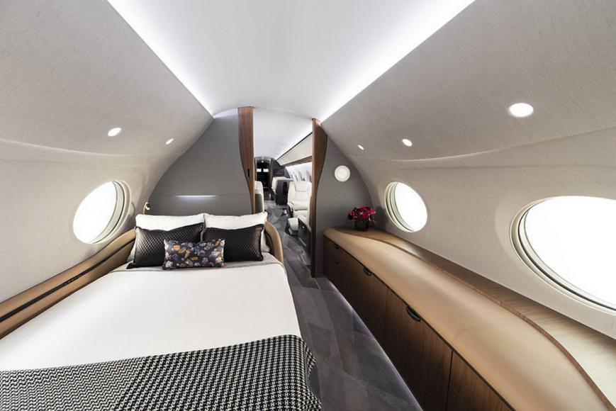 - QATAR AIRWAYS ANNOUNCED AS GULFSTREAM G700 LAUNCH CUSTOMER 5