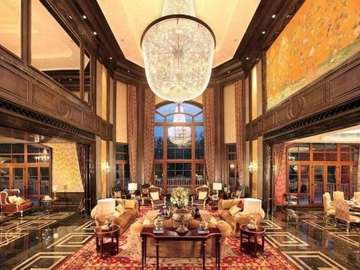 2 1200x901 - Luar Biasa! Inilah Megahnya Interior Rumah Termahal di Dunia
