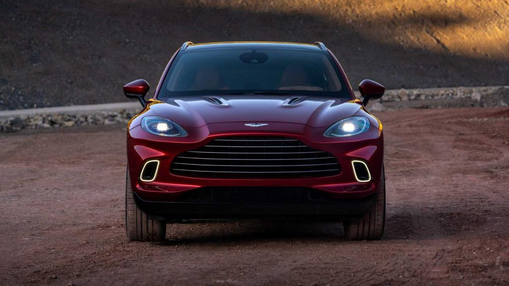Aston-Martin-DBX (1)