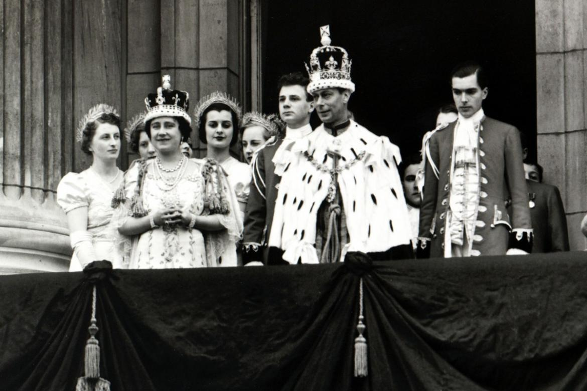They gave it all up for love - 12 royals who abdicated their thrones to marry commoners -