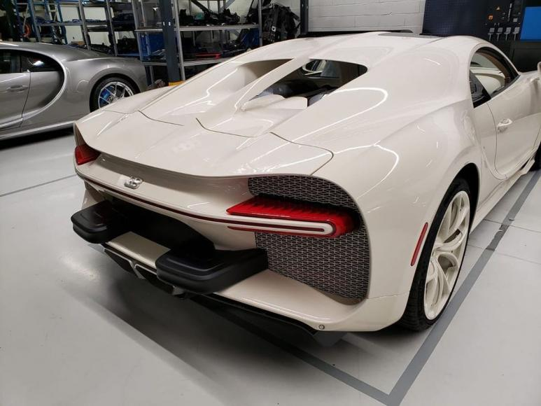Bugatti-Chiron-Hermes (3)