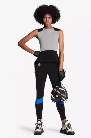 High-end-Louis-Vuitton-x-League-of-Legends-leather-jacket-2-382x580.jpg (382×580)