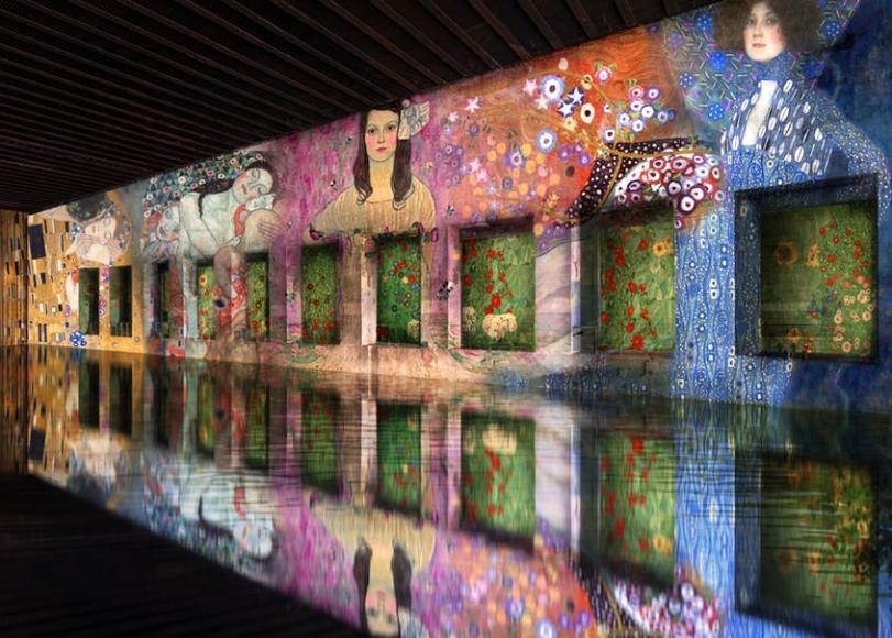 World Largest Digital Art Center (3)