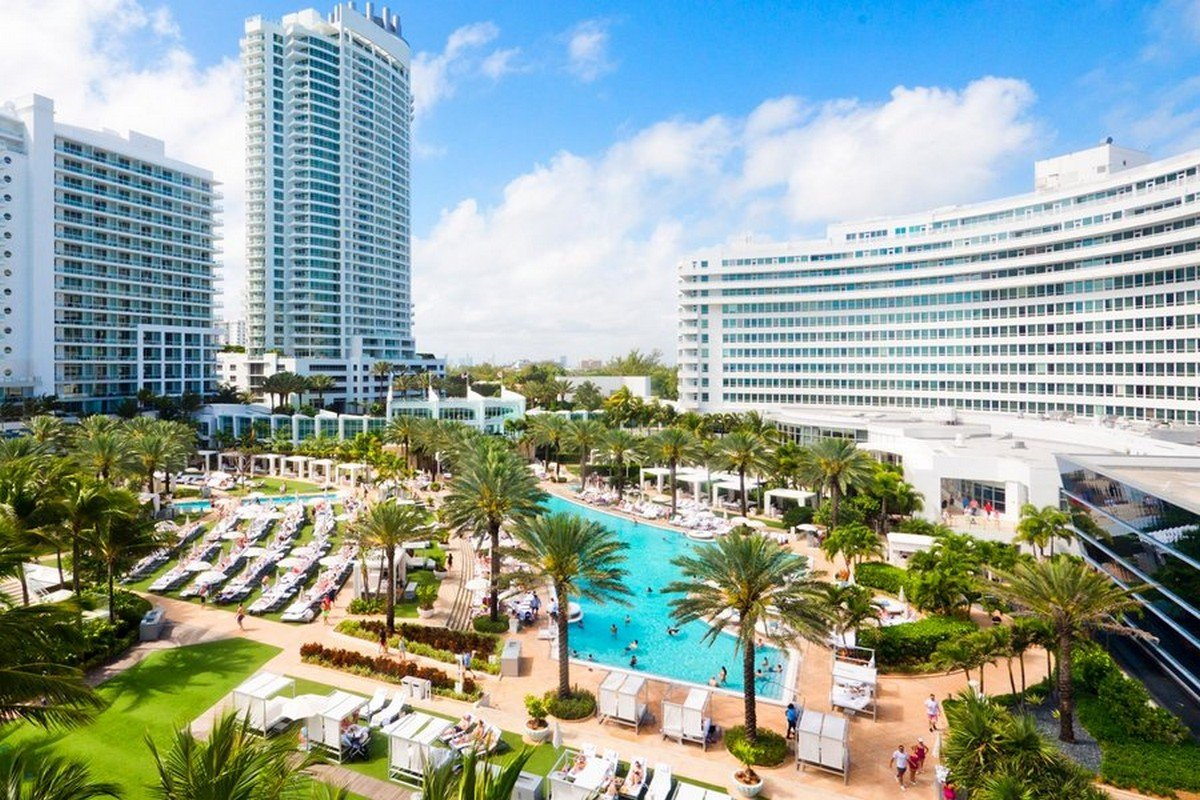 Hotels Near The Carnival Cruise Port In Miami